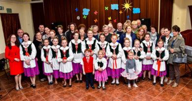 Z gaikiem idziemy… Wspólne wiosenne śpiewanie z zespołem regionalnym Łoniowianie